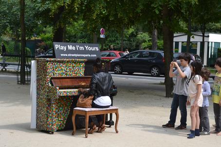 Street pianos jardin de ranelagh 75016 for Le jardin 75015