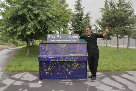 Street pianos jardin d eole 75018 for Le jardin custine 75018