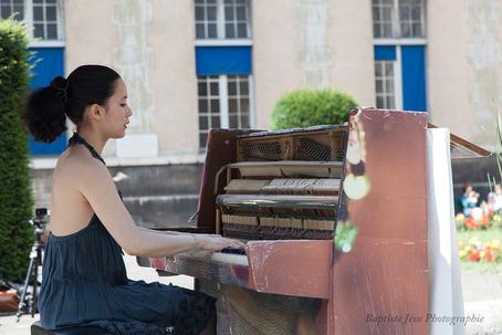 street pianos h pital necker 75015. Black Bedroom Furniture Sets. Home Design Ideas
